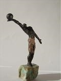 Winning move by Janis Ridley, Sculpture, Bronze