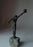 Winning move by Janis Ridley, Sculpture